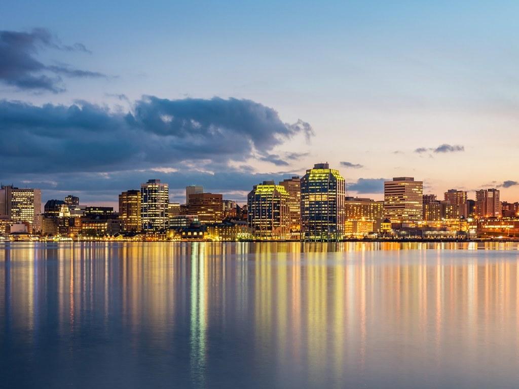 Halifax_GettyImages-186791148.jpg#asset:2415