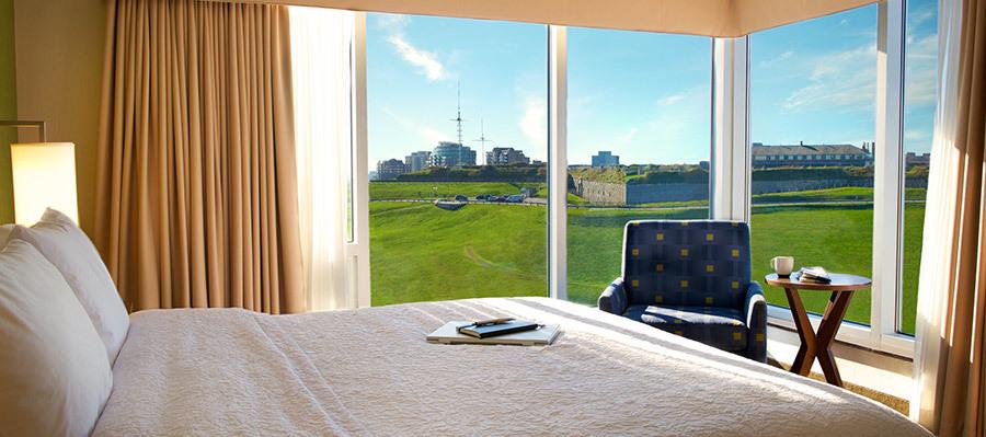 hotel-room_hampton.jpg#asset:1764